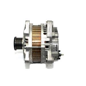 Geb. Lichtmaschine Generator Renault 2.0 DCI M9R 8200960538 8200654789